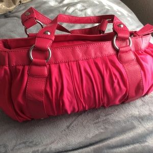 Handbags - NWOT Cute pink shoulder purse
